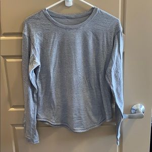Lululemon longsleeve sz 4 gray